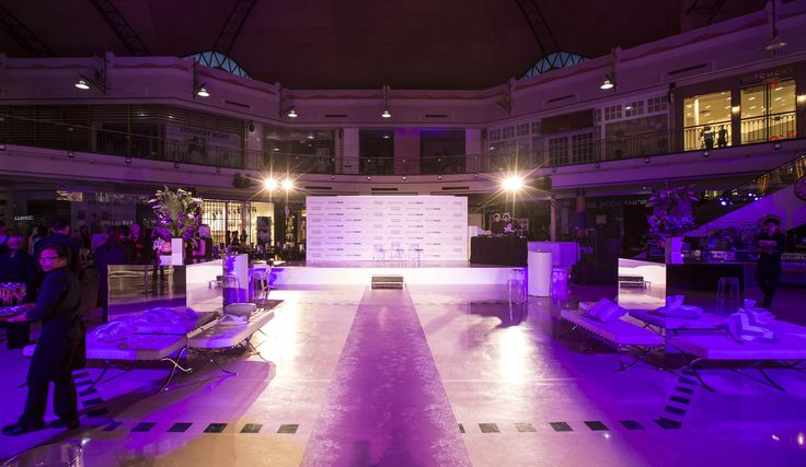 On Wednesday 3rd September, Karrinyup Shopping Centre was transformed from a regular mall to a sea of purple and white luxury.