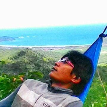 kabartrenggalek - My life my enjoy #trenggalek #munjungan #beach #hammock #omahkayu  #rumahpohon #kabartrenggalek by clik_clus