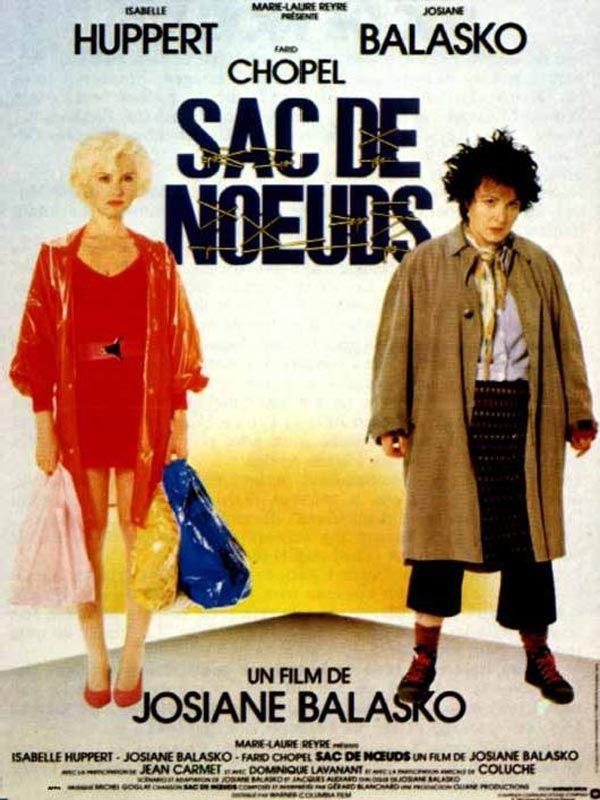 Sac de nœuds est un film français réalisé par Josiane Balasko, sorti le 20 mars 1985. Une vamp de banlieue se réfugie chez sa voisine, une demi-clocharde plutôt laide et suicidaire. Se croyant meurtrière de son mari policier et alcoolique qu'elle vient de mettre hors d'état de nuire, elle embarque dans son échappée sa voisine ainsi qu'un délinquant en cavale presque malgré lui…
