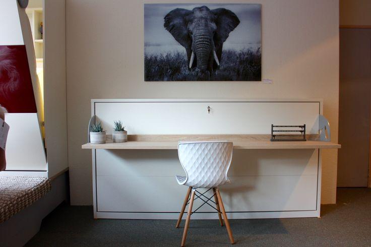 Bedkast Studio, is een bureau, dressoir en bed in één!