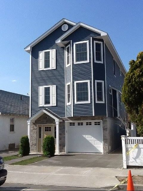 1000 images about modular homes built in long beach ny for Two story model homes