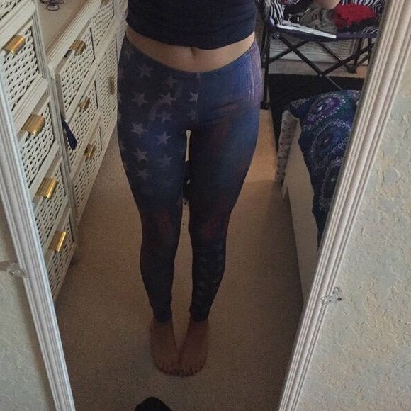 Body Central American flag leggings Only worn a few times.       Size small. Body Central Pants Leggings