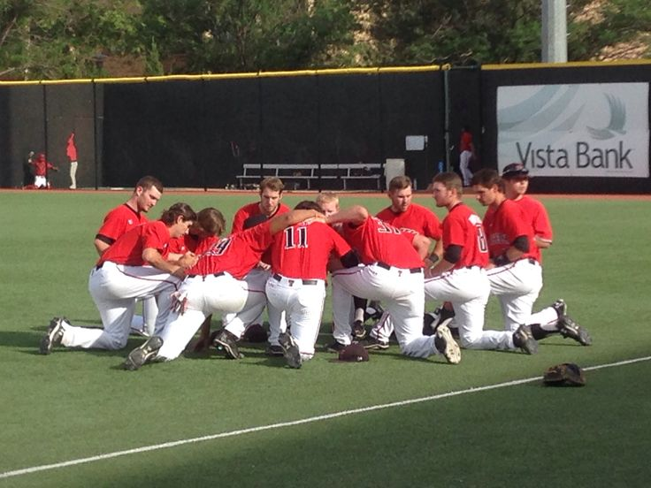 Pre-game warm-up Texas Tech Baseball.