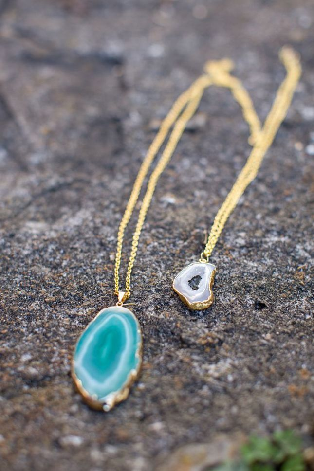 Make this DIY stone pendant in just two steps.