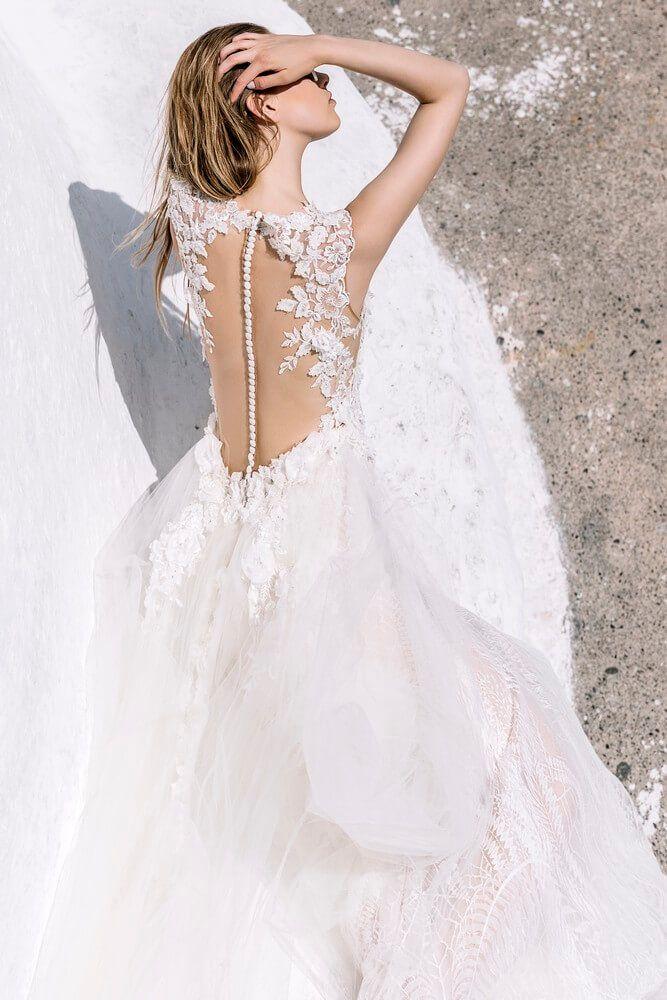 35273109b17 COSTANTINO νυφικά, στο www.GamosPortal.gr #weddings #weddingdresses ...