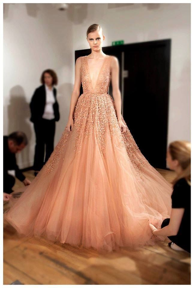 Elie Saab dress, I love simple designs with inner detail. I just love attention to detail. This is me for 2015. Not joking.....