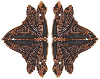 hinges....I can see these on all my gates in my future magical garden