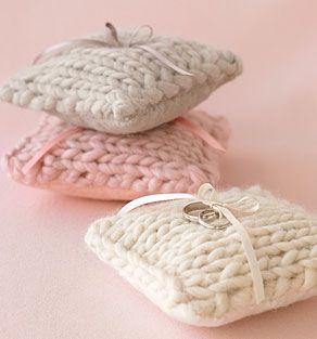 ring pillow bliss!