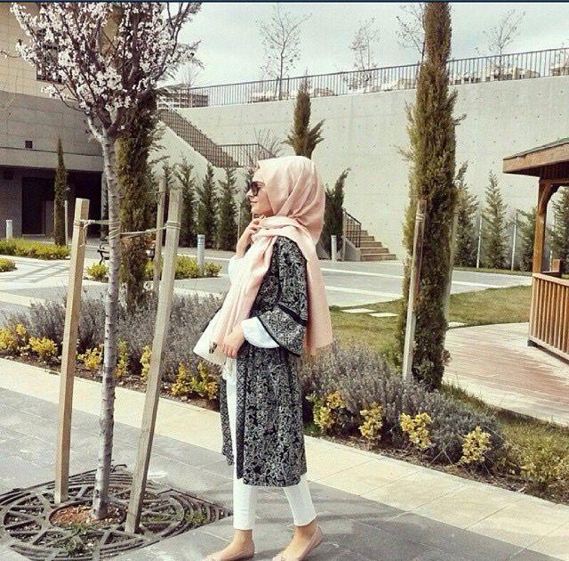 Hijab kimono white jeans
