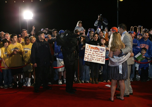 Tim Tebow and Kelly Faughnan Photo - Home Depot ESPNU College Football Awards (December 2009)