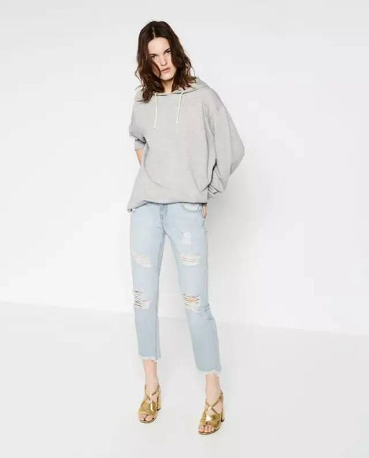 Fashion Outfits: Hoodies & Ripped Jeans //sweetiee-love