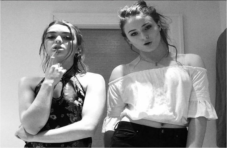 Game Of Thrones Co-Stars And BFF Maisie Williams, Sophie Turner Swap Faces For Fun Selfie