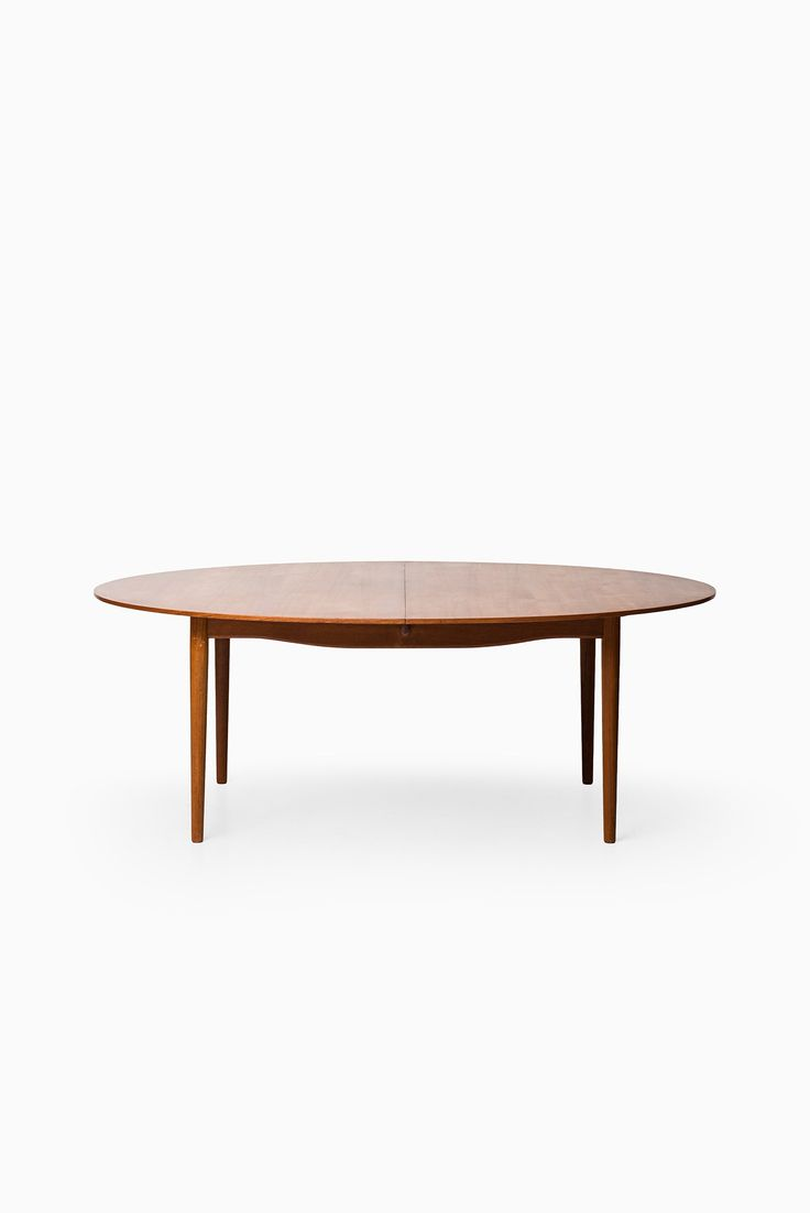 Finn Juhl Judas dining table at Studio Schalling
