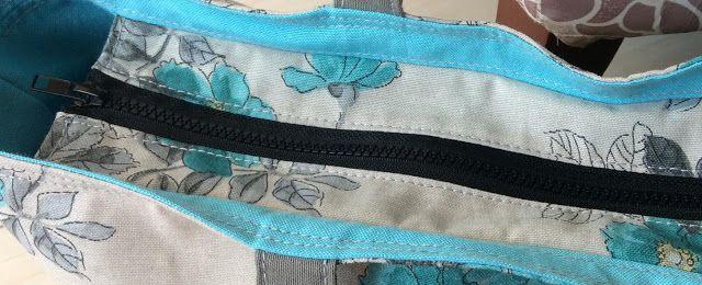 Rhythmic Gymnastics Apparatus Bag with Recessed Zipper