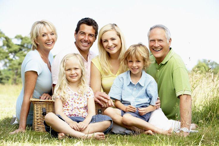 У многих из Вас есть родные и близкие люди. Подарите им возможность получить оперативно юридическую консультацию.