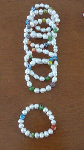 Pulseras de perlas cultivadas y cristal de murano milflores