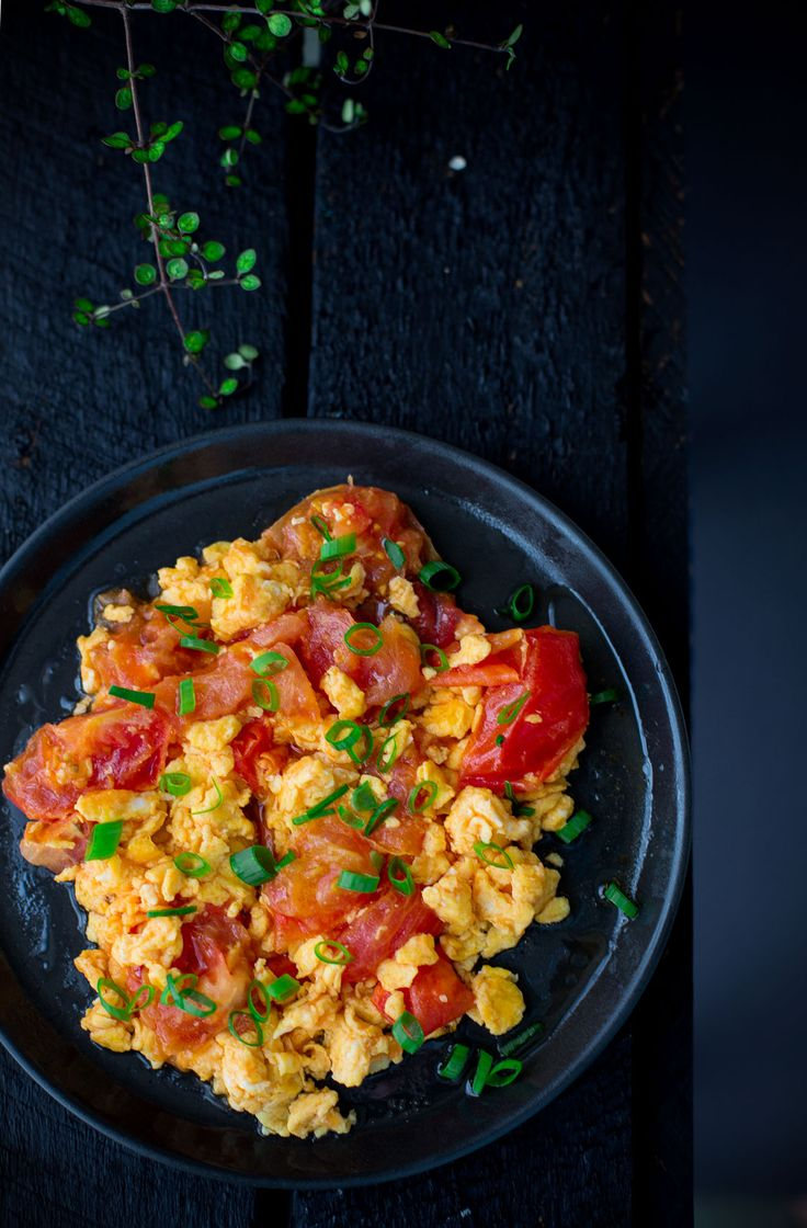 Scrambled eggs with tomato is a Chinese national dish. It is quick and easy for kitchen newbies to throw together. If you're on your own…