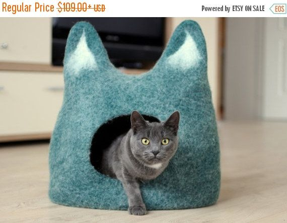 Cat bed  cat cave  cat house  eco-friendly handmade by AgnesFelt