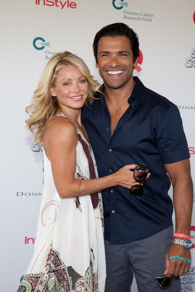 Great Couple ~ Kelly Ripa and husband Mark Consuelos