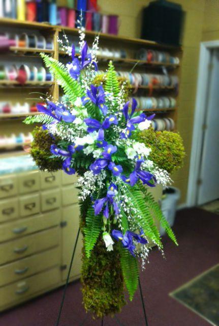 Unique floral tributes by Roddy's Flowers, Johnson City TN