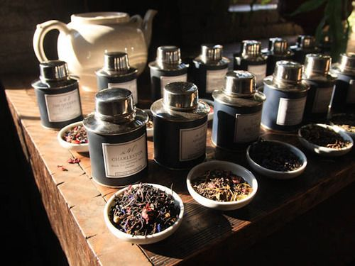 While we watch a new generation of international tea-cafe chains move into the landscape, we thought it was also time to take stock of a few great spots in the city to pick up teas of all kinds.
