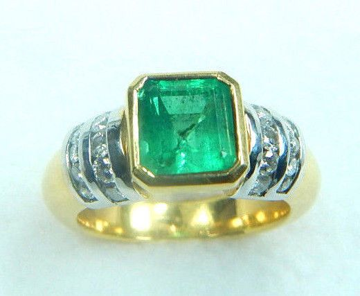Colombian Emerald & Dia Engagement Ring 2.50 TCW 18K Gold Size 7 US Fine Jewelry #HandmadeByCiCeRi #Cocktail #Engagement