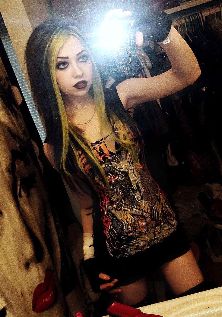 Punk goth girl pussy spread