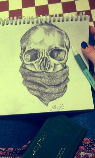 Vàrakozás a fogorvosnàl... skull art