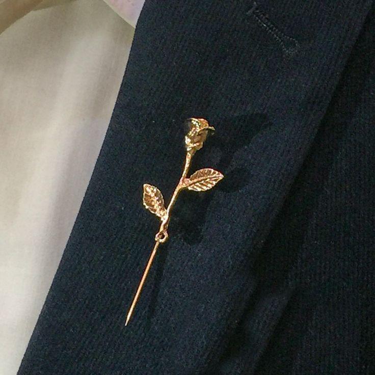 Unisex Rose Flower Brooch Pin Men Suit Accessories Classic Lapel Pins for Men's Suit Wedding Party Long Pin