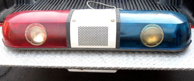 VINTAGE POLICE LIGHT BAR WHELEN with FRONT WORK & ALLEY LIGHTS NO RESERVE in Lights | eBay