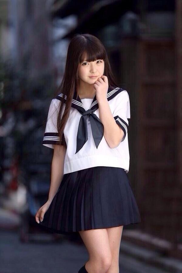 pin on 制服少女 女優 声優 モデル