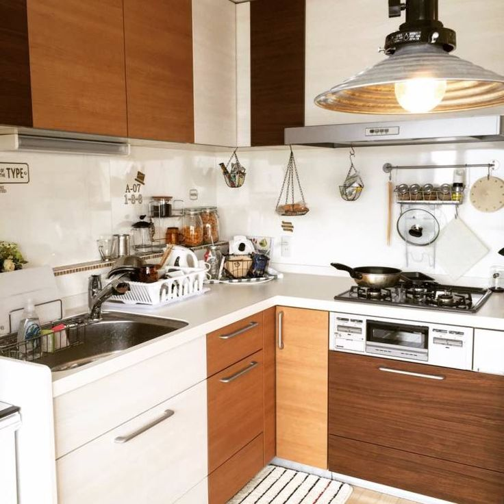 健康的な生活を支える贅沢なキッチン: 高嶋設計事務所/恵星建設株式会社が手掛けたオリジナルキッチンです。