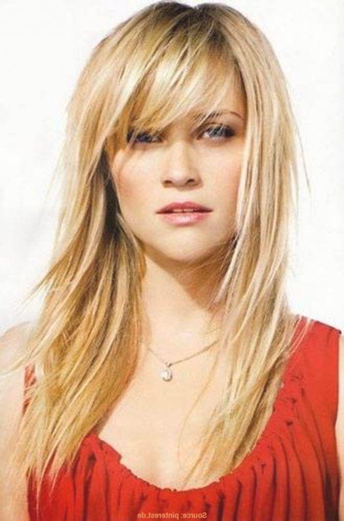 Frisuren Frauen Stufig Lang Frauen Frisuren Frisurenfrauen Stufig Haarschnitt Frisur Langes Gesicht Frisur Pony Blond