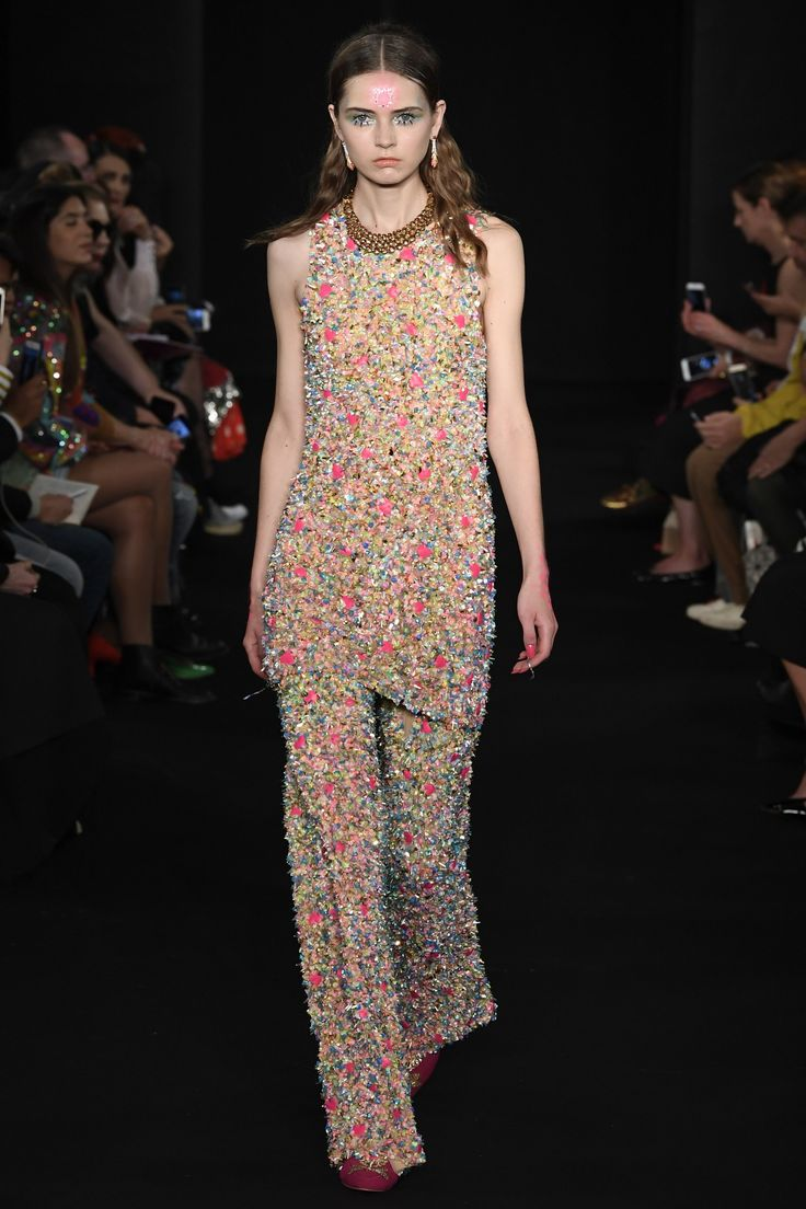 Manish Arora Spring 2018 Ready-to-Wear Collection Photos - Vogue