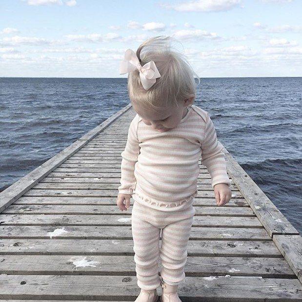 "185 Likes, 7 Comments - Minimalisma (@minimalisma_com) on Instagram: ""a t  t h e  o c e a n ♡  How I long for the ocean when I see a picture like this ... it's a feeling…""   #minimalisma #luxurybasics #kidswear @minimalisma2016"