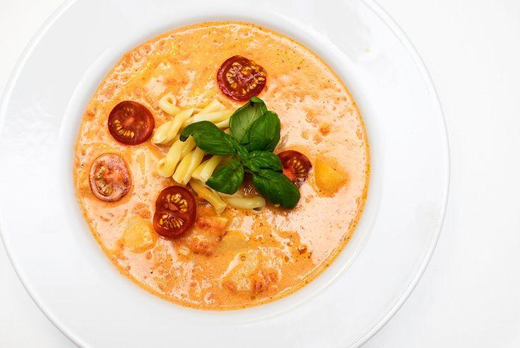 vegansk kremet tomatsuppe oppskrift