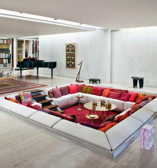 Mid-Century Modern Sunken Living Room. 1957 Miller House designed by architect Eero Saarinen with interiors by Alexander Girard in Columbus, IN.
