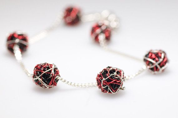 Ball bracelet, red black, silver chain bracelet, delicate, wire geometric jewelry, Christmas, unique birthday gift women, modern minimalist  Ball chain bracelet made of silver and colored copper wire.The length of the black red silver, delicate, wire, geometric bracelet, is 20cm (7.87in). Modern minimalist, unique birthday gift women, or Christmas gift.