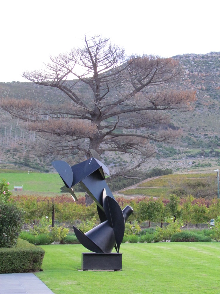 All over the spectacular gardens are Eduardo Villa modern metal sculptures that add a visual feast to the scenery