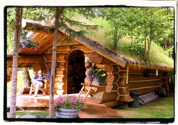 Log Cottage~ I so could get some peace & quiet chillin in that cozy little den.