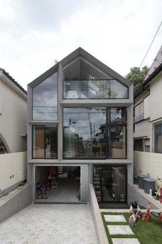 House by ON design partners. Location: Chofu, Tokyo, Japan