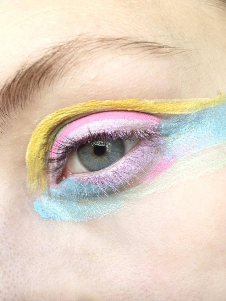 #makeupbrutalism #colorbrutalism #esztermagyar