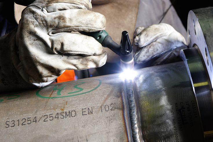 Next Key srl, saldatura di strutture e componenti in acciaio, lavorazioni di carpenteria metallica.    www.nextkey.it