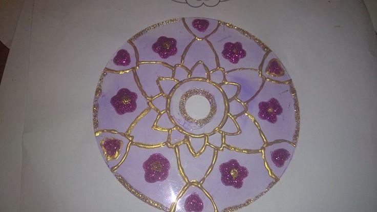 mandala pintado en cd... aun sin terminar