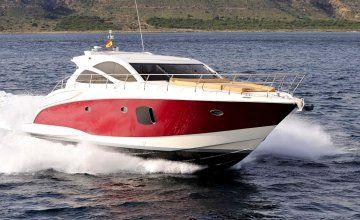 #YACHTSIDE #Monaco a été choisie pour proposer ce magnifique #ASTONDOA 55 Cruiser Open. Cette très belle unité de 2012 est proposée compléte d'options dont la plateforme arrière hydraulique. Les moteurs affichent 50 heures de marche et le bateau est garanti 1 an. Leasing possible. Cet ASTONDOA 55 Cruiser Open est une excellente opportunité et vous fera passer d'excellents moments avec famille et amis. A ne pas laisser passer !! #yachting #yachtlife #lifestyle #FrenchRiviera