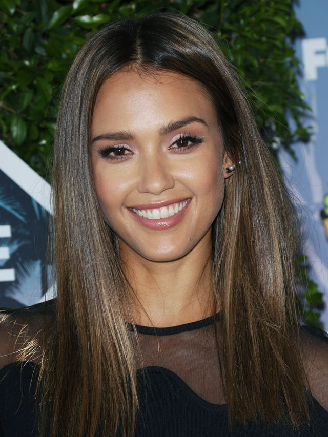 14 Times Jessica Alba Schooled Us In Great Hair In 2019