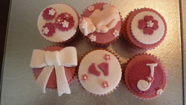 1000 images about taart decoratie beringe on pinterest for Decoratie cupcakes