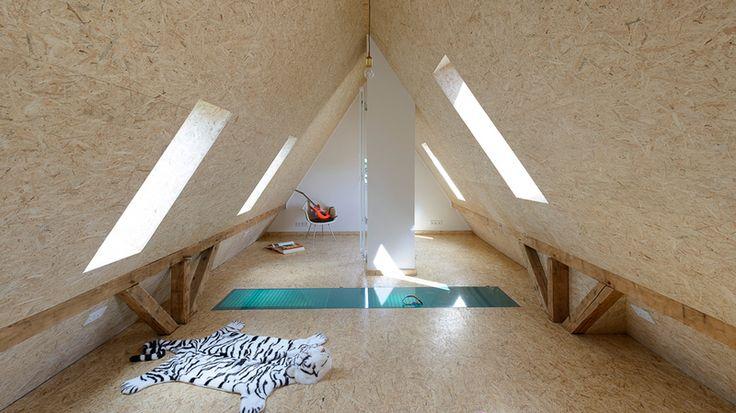 die besten 25 dachboden ausbauen kosten ideen auf pinterest dachzimmer dachgiebel und dachstock. Black Bedroom Furniture Sets. Home Design Ideas