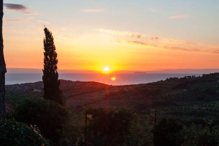 Per un tramonto così...#ilsal8 #cocktail #bar #drink #tramonto #sunset #peace #poggioaisanti #sanvincenzo #tuscany #toscana