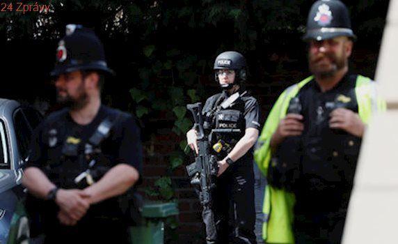 Britská policie zadržela na letišti muže: Mířil do Sýrie